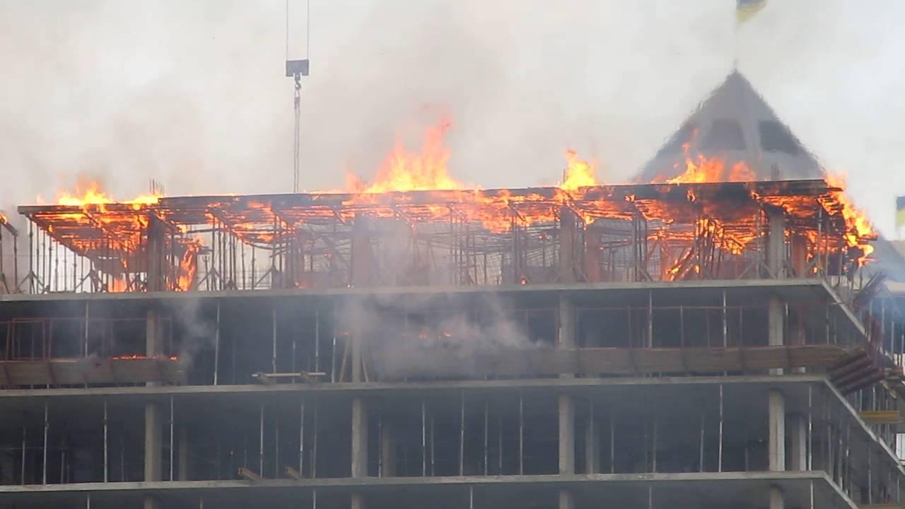 Кто отвечает за пожарную безопасность на стройке: подрядчик или генподрядчик