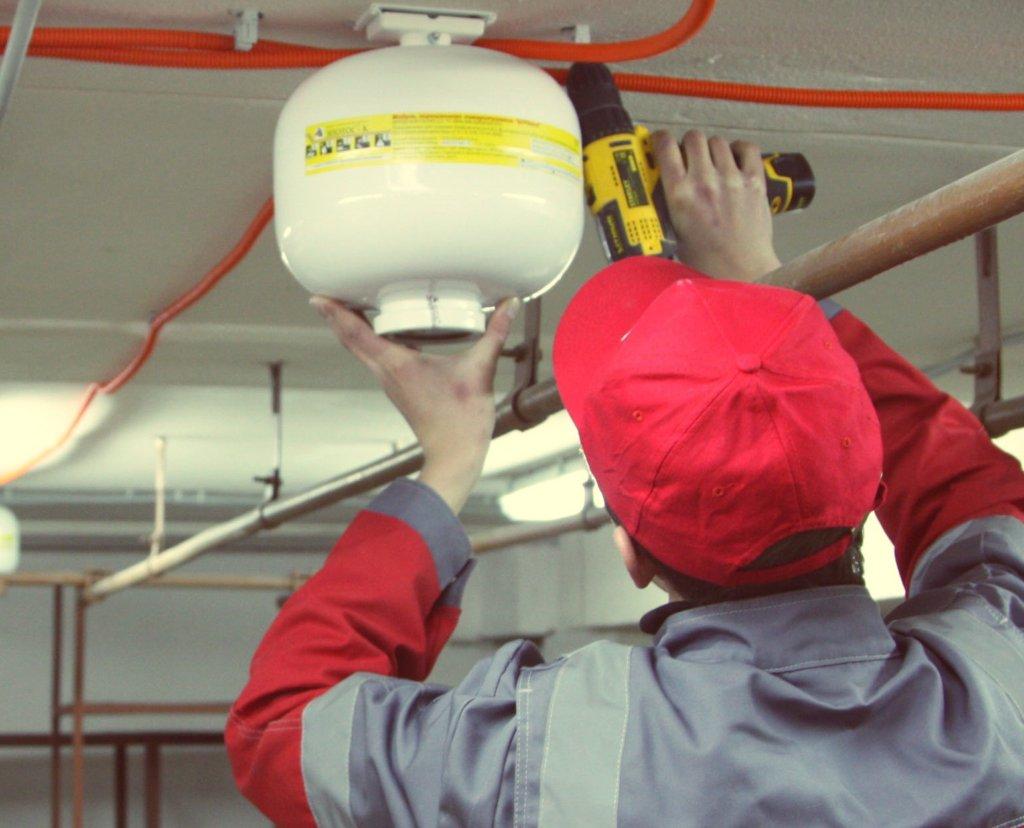 С 1 мая 2018 года введены новые правила проведения проверок работоспособности систем и установок противопожарной защиты зданий и сооружений!