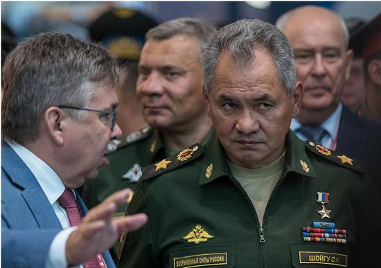 Сергею Шойгу представили систему оповещения и тушения БЕЗ проводов «Стрелец»